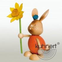 Kuhnert - Stupsi Hase mit Blume