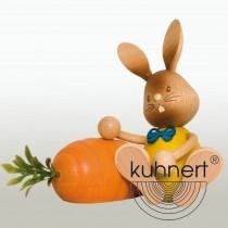 Kuhnert - Stupsi Hase mit Möhre