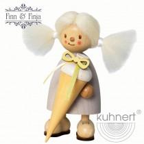 Kuhnert - Finja als Schulanfängerin