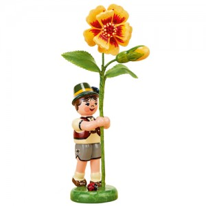 Hubrig - Blumenkinder - Blumenjunge mit Tagetes 11 cm